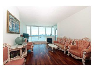 "Photo 3: 2102 138 E ESPLANADE Avenue in North Vancouver: Lower Lonsdale Condo for sale in ""PREMIERE AT THE PIER"" : MLS®# V840362"