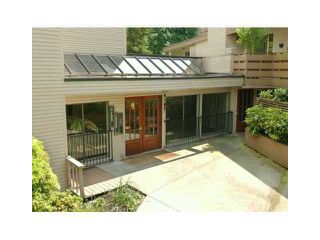 """Photo 1: 405 1385 DRAYCOTT Road in North Vancouver: Lynn Valley Condo for sale in """"BROOKWOOD NORTH"""" : MLS®# V844289"""