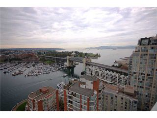 "Photo 8: 2701 1500 HORNBY Street in Vancouver: False Creek North Condo for sale in ""888 BEACH"" (Vancouver West)  : MLS®# V853880"