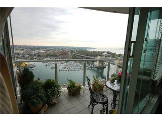 "Photo 7: 2701 1500 HORNBY Street in Vancouver: False Creek North Condo for sale in ""888 BEACH"" (Vancouver West)  : MLS®# V853880"