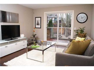 "Photo 4: 13 333 E 33RD Avenue in Vancouver: Main Townhouse for sale in ""WALK TO MAIN"" (Vancouver East)  : MLS®# V858426"