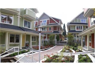 "Photo 9: 13 333 E 33RD Avenue in Vancouver: Main Townhouse for sale in ""WALK TO MAIN"" (Vancouver East)  : MLS®# V858426"