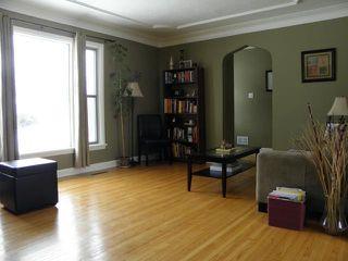 Photo 2: 62 Portland Avenue in WINNIPEG: St Vital Residential for sale (South East Winnipeg)  : MLS®# 1101781