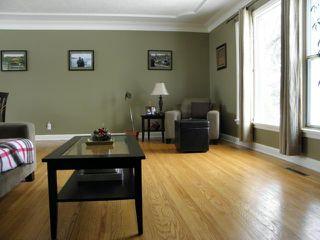 Photo 3: 62 Portland Avenue in WINNIPEG: St Vital Residential for sale (South East Winnipeg)  : MLS®# 1101781