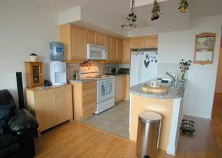 Photo 4: 10 Northtown Way Unit #10 Apt 1210 in NORTH YORK: Condo for sale : MLS®# C973665