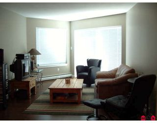 "Photo 5: 306 32725 GEORGE FERGUSON Way in Abbotsford: Abbotsford West Condo for sale in ""Uptown"" : MLS®# F2821145"