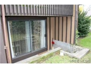 Photo 6: 538B 4678 Elk Lake Dr in VICTORIA: SW Royal Oak Condo for sale (Saanich West)  : MLS®# 491736