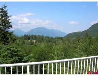 "Photo 1: 37251 BATT Road in Abbotsford: Sumas Mountain House for sale in ""SUMAS MOUNTAIN"" : MLS®# F2912838"