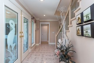 Photo 4: 13345 55A Avenue in Surrey: Panorama Ridge House for sale : MLS®# R2399534