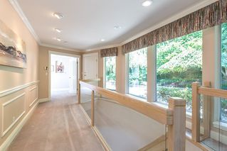 Photo 12: 13345 55A Avenue in Surrey: Panorama Ridge House for sale : MLS®# R2399534