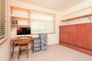 "Photo 14: 946 E 24TH Avenue in Vancouver: Fraser VE House for sale in ""FRASER"" (Vancouver East)  : MLS®# R2405717"