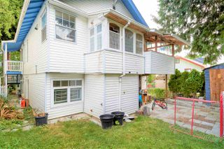 "Photo 19: 946 E 24TH Avenue in Vancouver: Fraser VE House for sale in ""FRASER"" (Vancouver East)  : MLS®# R2405717"