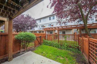 Photo 2: 148 16177 83 Avenue in Surrey: Fleetwood Tynehead Townhouse for sale : MLS®# R2413641