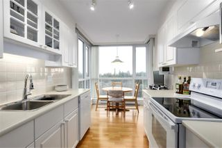 "Photo 8: 905 5775 HAMPTON Place in Vancouver: University VW Condo for sale in ""The Chatham"" (Vancouver West)  : MLS®# R2433107"