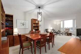 "Photo 5: 905 5775 HAMPTON Place in Vancouver: University VW Condo for sale in ""The Chatham"" (Vancouver West)  : MLS®# R2433107"