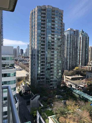 """Photo 10: 1201 821 CAMBIE Street in Vancouver: Downtown VW Condo for sale in """"Raffles"""" (Vancouver West)  : MLS®# R2445304"""