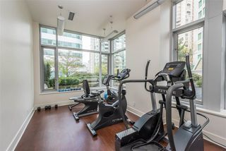"""Photo 11: 1201 821 CAMBIE Street in Vancouver: Downtown VW Condo for sale in """"Raffles"""" (Vancouver West)  : MLS®# R2445304"""