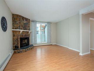 Photo 2: 5 2027 34 Avenue SW in Calgary: Altadore Row/Townhouse for sale : MLS®# C4296474