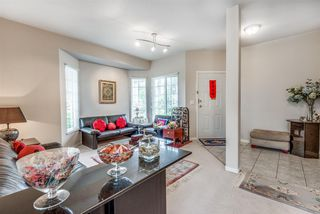 """Photo 5: 7 1751 PADDOCK Drive in Coquitlam: Westwood Plateau Townhouse for sale in """"Worthing Green"""" : MLS®# R2467524"""