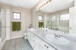 """Photo 18: 7 1751 PADDOCK Drive in Coquitlam: Westwood Plateau Townhouse for sale in """"Worthing Green"""" : MLS®# R2467524"""