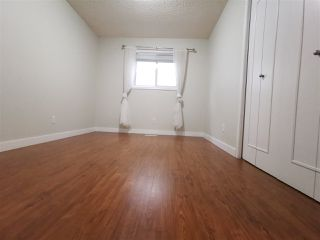 Photo 8: 9908 167 Street NW in Edmonton: Zone 22 Attached Home for sale : MLS®# E4217121