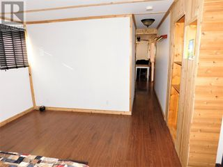 Photo 9: Unique and upgraded Mobile Home in Poplar Place MHP