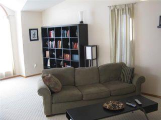 Photo 3: 82 Gull Wing Bay in WINNIPEG: Windsor Park / Southdale / Island Lakes Residential for sale (South East Winnipeg)  : MLS®# 1000369