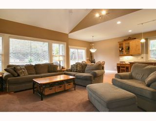 "Photo 3: 24330 MCCLURE Drive in Maple Ridge: Albion House for sale in ""MAPLE CREST"" : MLS®# V811441"