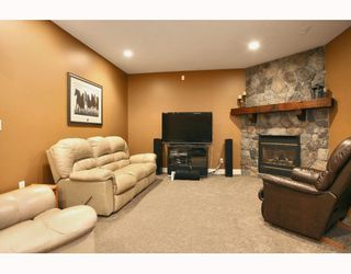 """Photo 8: 24330 MCCLURE Drive in Maple Ridge: Albion House for sale in """"MAPLE CREST"""" : MLS®# V811441"""