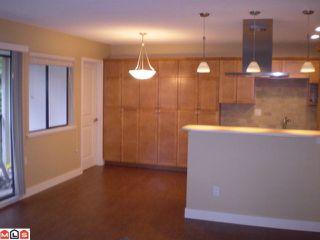 Photo 6: 301 1355 FIR Street: White Rock Condo for sale (South Surrey White Rock)  : MLS®# F1006037
