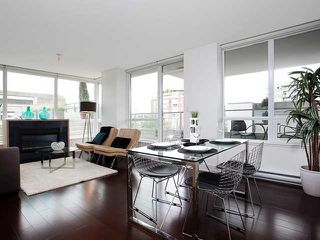 "Photo 4: 307 1675 W 8TH Avenue in Vancouver: Fairview VW Condo for sale in ""CAMERA"" (Vancouver West)  : MLS®# V842603"