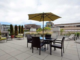 "Photo 2: 307 1675 W 8TH Avenue in Vancouver: Fairview VW Condo for sale in ""CAMERA"" (Vancouver West)  : MLS®# V842603"