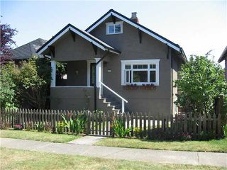 """Photo 1: 4462 JOHN Street in Vancouver: Main House for sale in """"MAIN ST"""" (Vancouver East)  : MLS®# V846144"""