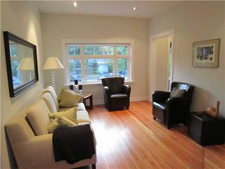 """Photo 2: 4462 JOHN Street in Vancouver: Main House for sale in """"MAIN ST"""" (Vancouver East)  : MLS®# V846144"""