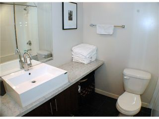 """Photo 5: 607 1068 W BROADWAY in Vancouver: Fairview VW Condo for sale in """"THE ZONE"""" (Vancouver West)  : MLS®# V861214"""