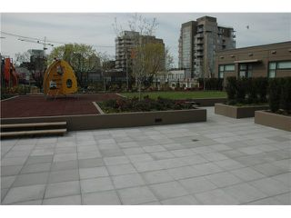 """Photo 7: 607 1068 W BROADWAY in Vancouver: Fairview VW Condo for sale in """"THE ZONE"""" (Vancouver West)  : MLS®# V861214"""