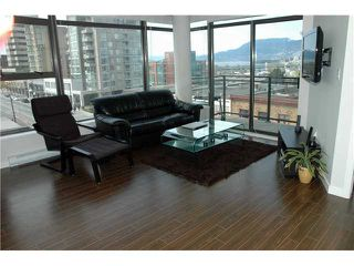 """Photo 3: 607 1068 W BROADWAY in Vancouver: Fairview VW Condo for sale in """"THE ZONE"""" (Vancouver West)  : MLS®# V861214"""