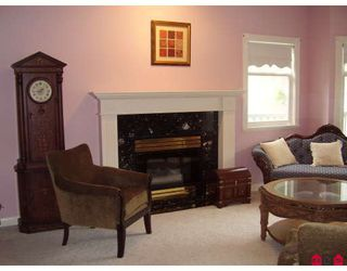 """Photo 6: 21011 46TH Avenue in Langley: Brookswood Langley House for sale in """"CEDAR RIDGE"""" : MLS®# F2909171"""