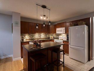 Photo 4: 8767 Stein Lane in Edmonton: Zone 14 House Half Duplex for sale : MLS®# E4181235