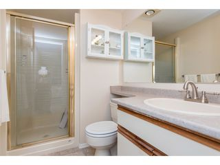 Photo 14: 301 1459 BLACKWOOD Street: White Rock Condo for sale (South Surrey White Rock)  : MLS®# R2429826
