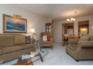 Photo 11: 301 1459 BLACKWOOD Street: White Rock Condo for sale (South Surrey White Rock)  : MLS®# R2429826