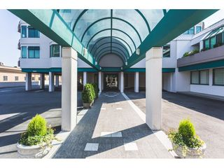 """Photo 1: 1101 32440 SIMON Avenue in Abbotsford: Abbotsford West Condo for sale in """"Trethewey Tower"""" : MLS®# R2433394"""