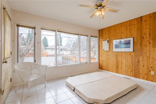 Photo 19: 377 CAPRI Avenue NW in Calgary: Brentwood Detached for sale : MLS®# C4296522