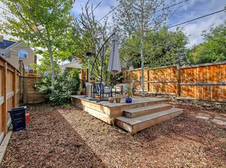 Photo 6: 3833 PARKHILL Street SW in Calgary: Parkhill Detached for sale : MLS®# A1030546