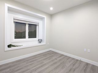 Photo 5: 4989 MOSS Street in Vancouver: Collingwood VE 1/2 Duplex for sale (Vancouver East)  : MLS®# R2525974
