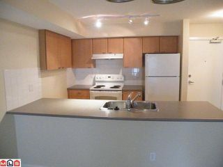 "Photo 3: 313 10088 148TH Street in Surrey: Guildford Condo for sale in ""BLOOMSBURY COURT"" (North Surrey)  : MLS®# F1019063"