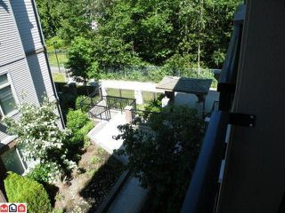 "Photo 2: 313 10088 148TH Street in Surrey: Guildford Condo for sale in ""BLOOMSBURY COURT"" (North Surrey)  : MLS®# F1019063"