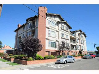Photo 11: MISSION HILLS Condo for sale : 2 bedrooms : 909 Sutter #201 in San Diego