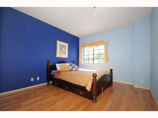 Photo 8: MISSION HILLS Condo for sale : 2 bedrooms : 909 Sutter #201 in San Diego