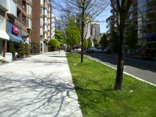 """Photo 2: 802 1333 HORNBY ST in Vancouver: Downtown VW Condo for sale in """"ANCHOR POINT"""" (Vancouver West)  : MLS®# V588521"""